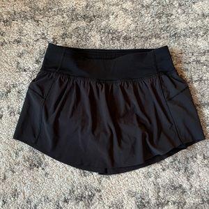 Black Lululemon Skirt (Sz 2)